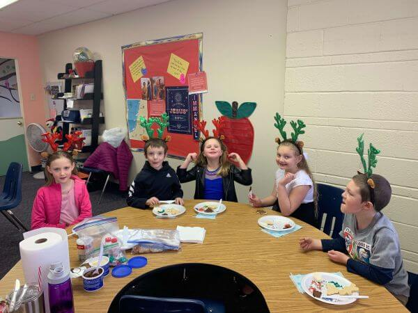 Group of kids making crafts in awana at first southern baptist church
